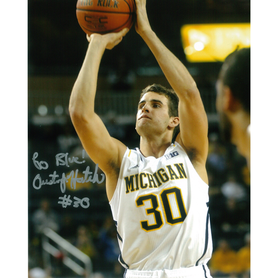 University of Michigan Basketball Austin Hatch Autographed 8 x 10 Picture
