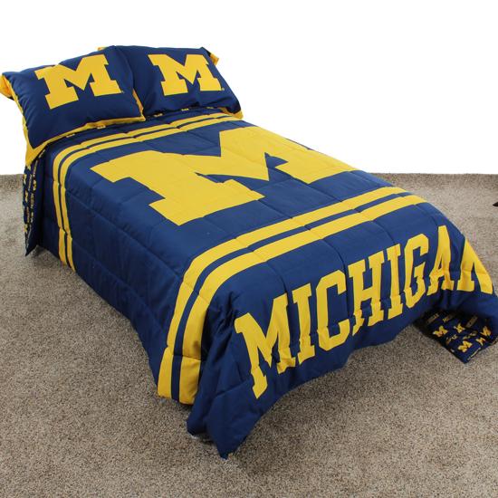 College Covers University of Michigan Twin Comforter