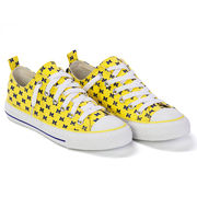 Skicks University of Michigan WOMEN'S Yellow with Navy M's Low-Top Sneakers