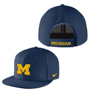 Nike University of Michigan Navy Vapor True Flat Brim Dri-FIT Hat