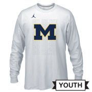 Jordan University of Michigan Basketball Youth White Long Sleeve Dri-FIT Tournament Bench Tee