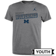 Jordan University of Michigan Football Youth Heather Gray Dri-FIT Legend Lift Tee