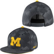 Nike University of Michigan Anthracite True Flat Brim Snapback Hat