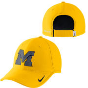 Nike University of Michigan Yellow Heritage86 Aerobill Dri-FIT Hat