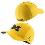Jordan University of Michigan Football Maize Classic99 Sideline SwooshFlex Hat