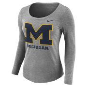Nike University of Michigan Women's Heather Gray Long Sleeve Scoopneck Logo Tee