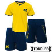 Outerstuff University of Michigan Toddler Tip-Off Tee and Short Set