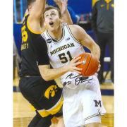 University of Michigan Basketball Austin Davis Autographed 8 x 10 Picture